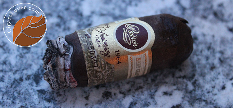 Padron anniversary series 1964 Imperial_1