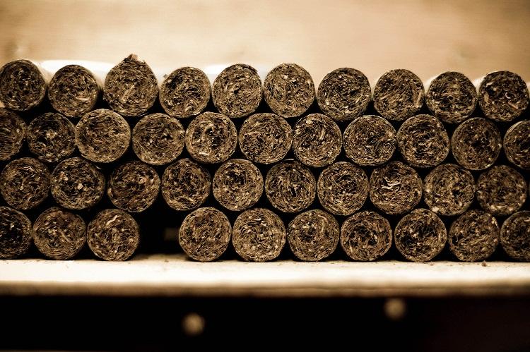 Handmade cigars. Tabacalera de Garcia Factory. Casa de Campo, La