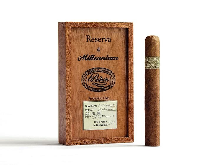 padron reserva millennium box cigar