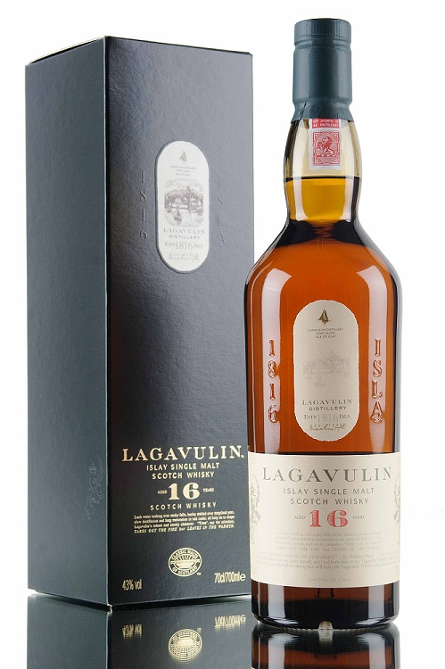 lagavulin-16-yo-bottle