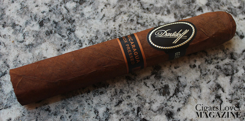 Davidoff Nicaragua Box Pressed Robusto - CigarsLover Magazine