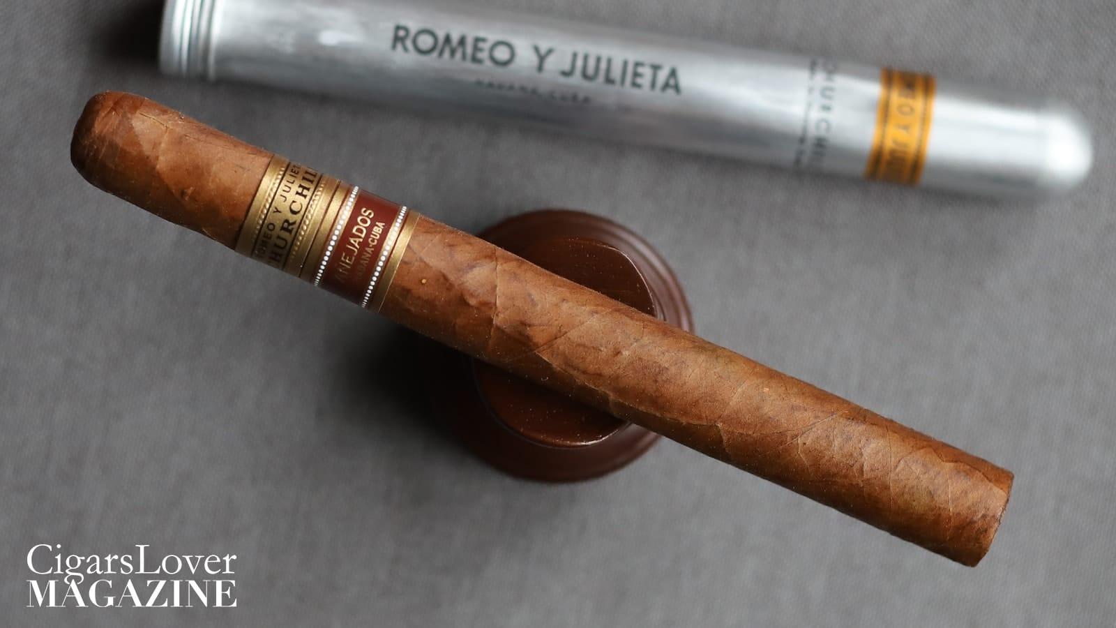 Romeo y Julieta Churchill AnejadohurchillAnejado3-min (1)